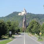 Spay B9 Blick Richtung Koblenz auf die Marksburg & die Pfarrkirche St. Lambertus